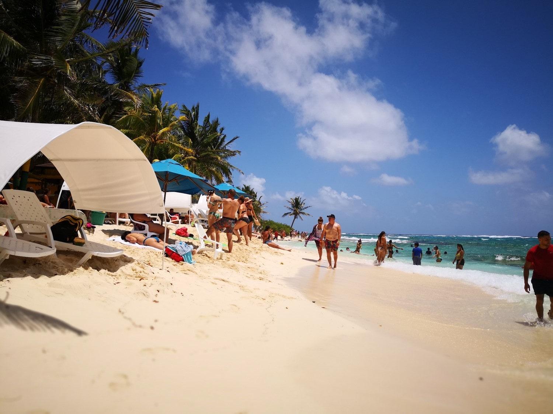 Johnny Cay Rolling San Andrés - Playa