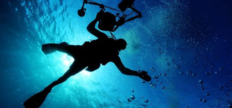 ¿Qué especialidades se practican de buceo recreativo en San Andrés?